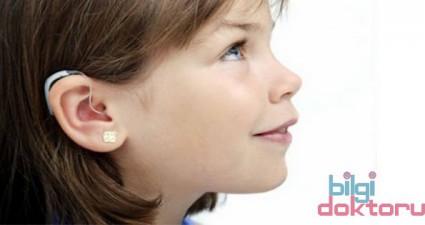 işitme engelli çocuk resmi